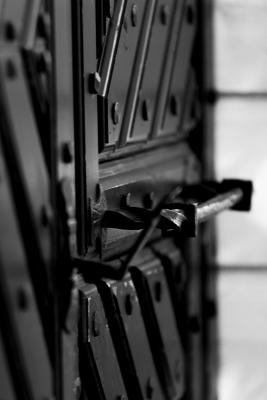 Tumma ovi